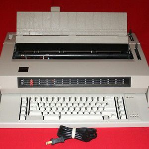 IBM Wheelwriter 3 Typewriter
